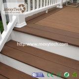 Plancher moderne populaire du Decking WPC de jardin pour le balcon