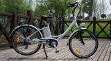 ヨーロッパセリウムが付いている古典的な女性の電気都市自転車モデル