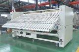 Macchina della lavanderia della macchina per stirare del gas dei 2800 Rolls di larghezza doppia