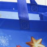 Plástico de Navidad Bolsa de regalo con la manija en la acción