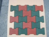 Gummifliesen blockierend, Gummifliese, Gummifußboden-Fliese aufbereiten
