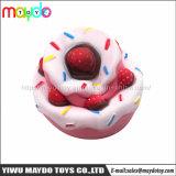 최신 판매 엄청나게 큰 Squishies 딸기 케이크 PU 질퍽한 느린 일어나는 장난감