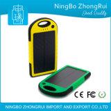 Côté imperméable à l'eau de vente chaud d'énergie solaire du chargeur 5000mAh solaire pour des téléphones mobiles