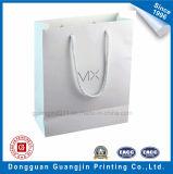 Papier plastifié mat de haute qualité un sac de shopping avec poignée en coton