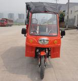 Motocicleta com a motocicleta a mais barata da roda do preço três