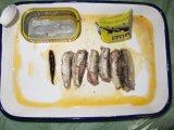 La sardine en conserve du poisson de haute qualité dans l'huile 125g
