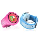 Q610 아이 Smartwatch W 사진기 기초 위치 접촉 스크린 아이 소매끝 APP Sos에 의하여 반대로 분실되는 모니터 아기 Brecelet 지능적인 시계