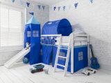 천막을%s 가진 아이를 위한 활주를 가진 2단 침대