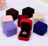 Rectángulo plástico del anillo que empaqueta para la boda/el regalo de la tarjeta del día de San Valentín