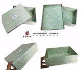 カスタマイズされたデザイン金属押すロゴの金属カバー織り目加工のペーパーTシャツボックスギフト用の箱