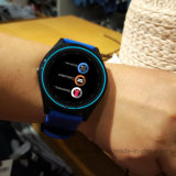 2G GSM Bluetooth Smart montre avec fonction Facebook Whatsapp,