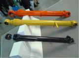 掘削機のDozerのローダーの部品のための油圧オイルアームシリンダーブームシリンダーバケツシリンダー