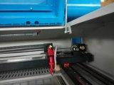 Máquina de corte a laser de CO2 máquina a laser com Chiller de Agua