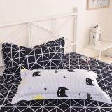 最も売れ行きの良いポリエステルファブリックホーム寝具の一定の羽毛布団カバーシーツ