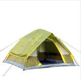 屋外の自動テント、4人のテントの販売、登山のキャンプテント