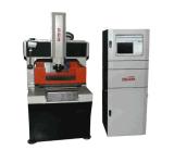 Máquina de gravura do CNC e corte a laser para gravação de plástico