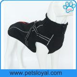 Vêtements neufs de crabot d'animal familier de modèle de constructeur avec le harnais