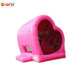 Huis van de Sprong van het Hart van de Verbindingsdraad van de Dag van de valentijnskaart het Opblaasbare Roze