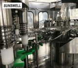 Strumentazione imbottigliante dell'acqua automatica piena
