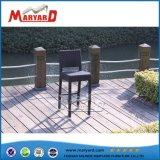 一義的な藤の屋外の家具高い上棒表および椅子
