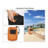 Coperta Pocket a gettare portatile compatta di picnic con il sacchetto di trasporto