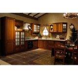Meubilair van de Keuken van Grandshine het Klassieke Stevige Hout Gebogen met Facultatief Eiland