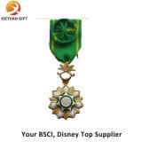 高品質の花との銅の軍隊のLepal Pin