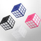 RubikのBluetoothミニボックス低健全な銃の差込式の創造的な携帯用スピーカー