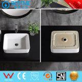 Salle de bains de lavage en céramique de meubles lavabos avec jeu de mélangeur de BC-7005