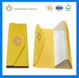 Коробка подарка горячего дух бумаги типа формы надувательства специального триангулярного упаковывая складывая с горячий штемпелевать используемым для повышает и целью подарка