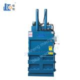 Engagierte manuelle vertikale hydraulische Ballenpresse Vmd30-11070