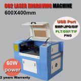 Ck6040ガラスのための小さい二酸化炭素の彫版レーザー機械