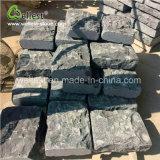 Strada esterna delle mattonelle nere naturali del Bluestone che pavimenta mattone