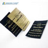 O vestuário da fábrica de Hangzhou Fuhan personalizou as etiquetas 100% tecidas roupa do poliéster