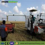 販売パキスタンのための2mの切断幅の米およびムギのコンバインの水田の収穫機