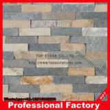 L'impiallacciatura della pietra della parete della sporgenza riveste l'ardesia di pannelli culturale