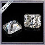 결혼 반지를 위한 광점 커트 Moissanite 백색 돌의 가까이에