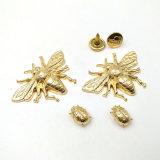 꿀벌 디자인 주문 금속은 가죽 고리를 위한 금에 의하여 완료된 금속 리베트를 리벳을 박는다