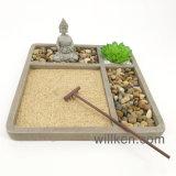 Boedha op de Decoratie van het Dienblad van het Zand met de Tuin van Zen van de Houder