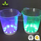 재충전용 LED 빛을%s 가진 5개의 병 얼음 양동이의 둘레에