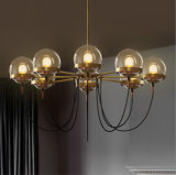 Luz moderna de la lámpara del cortijo del bronce del restaurante del hotel del poste en estilo de la vendimia