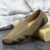 ハンドメイドの革メンズ標準的ななまけ者のモカシンドライバー靴
