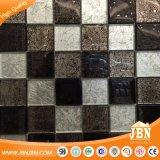 白黒チェッカーボード金葉のガラスモザイク・タイル(G848017)
