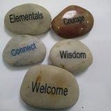 A inspiração gravada exprime o presente de pedra natural