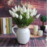 Mazzi di seta del tulipano di disposizioni bianche artificiali del tulipano che Wedding il tulipano del fiore artificiale della magnolia del tulipano di Stilk per il commercio all'ingrosso