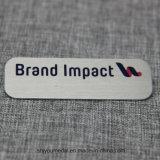 заводская цена хорошего качества Пользовательский магнитный имя значки