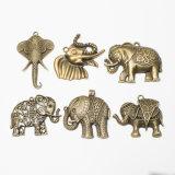 El bronce antiguo encanto colgantes animal elefante