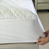 Venta caliente montado protector de colchón de poliéster resistente al agua para la ropa de Hotel