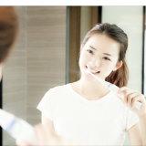 La FDA 30 patentes de carga inalámbrica Days-Working Sonic cepillo dental eléctrico con esterilizador