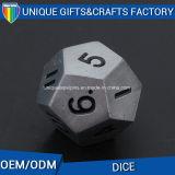 Таможня напечатала игру Dice/12 /Funny плашек металла по-разному покрашенную встала на сторону комплект плашек